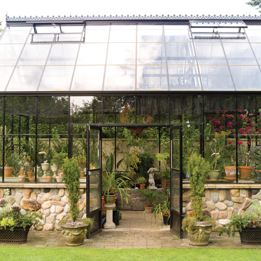 Rock Foundation Greenhouse with Decorative Ridge