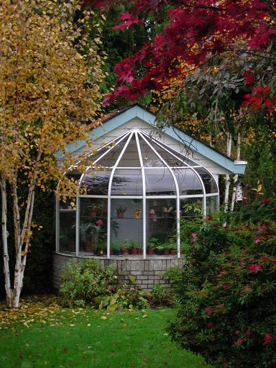 White Frame Birdcage Greenhouse