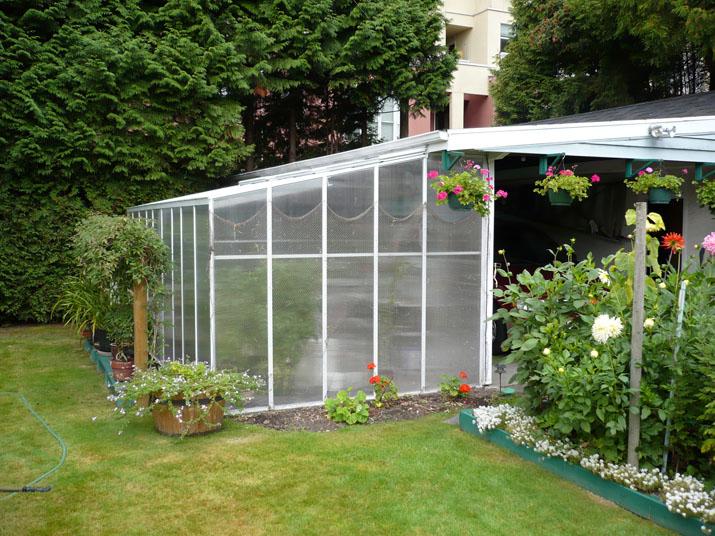 10x18 Traditional Greenhouse - Twinwall