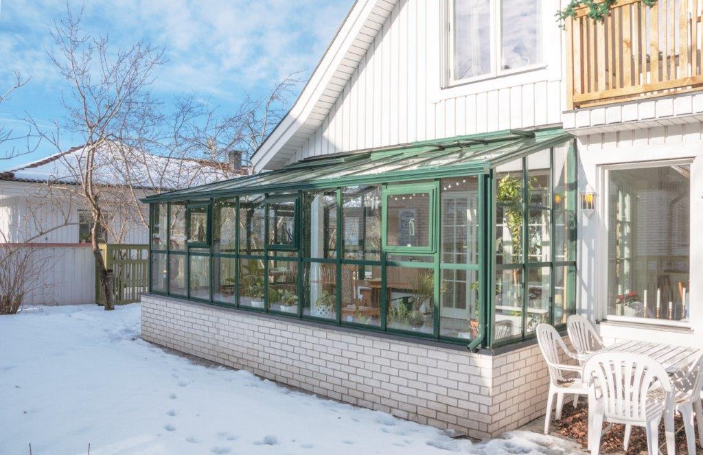 wrap around greenhouse